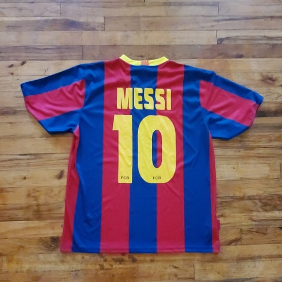 low priced a08a4 89a36 Messi Barcelona jersey home large